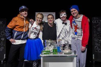 Cast MENERO - Hinke Hoeksma Producties
